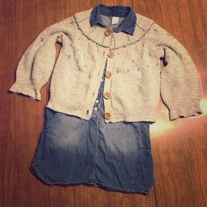 Girls size 5 jean dress and sweater